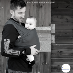 BABYWEARING DAD in strecthy wrap